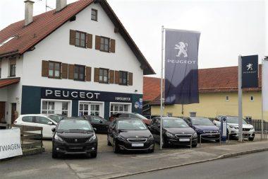 Autohaus Haslbeck - Außenansicht 1