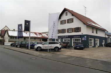 Autohaus Haslbeck - Außenansicht 2